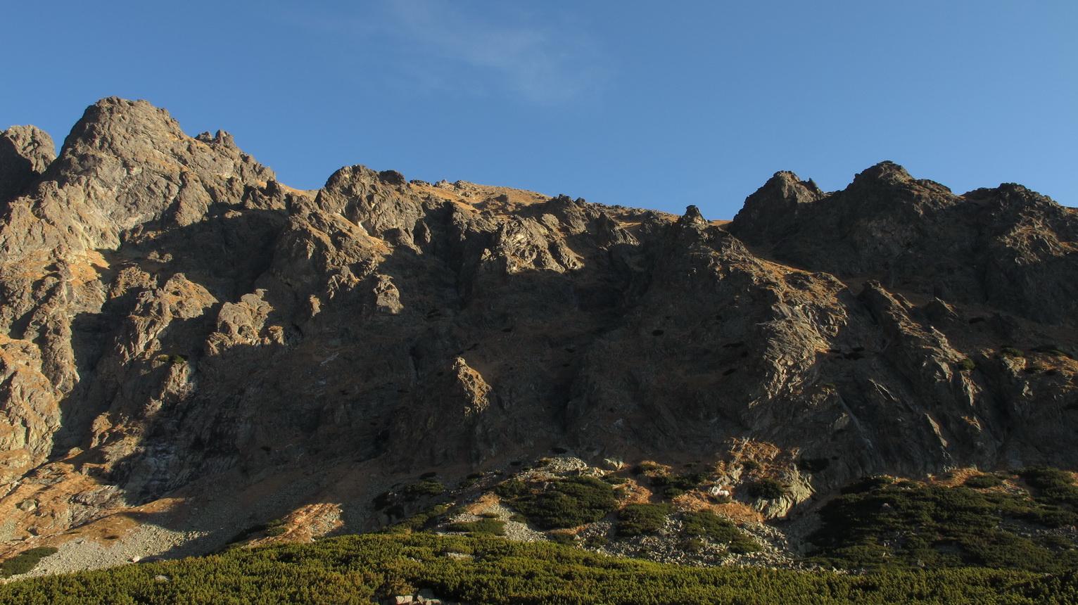 vpravo_vidieť_záver_Granátovej_lávky